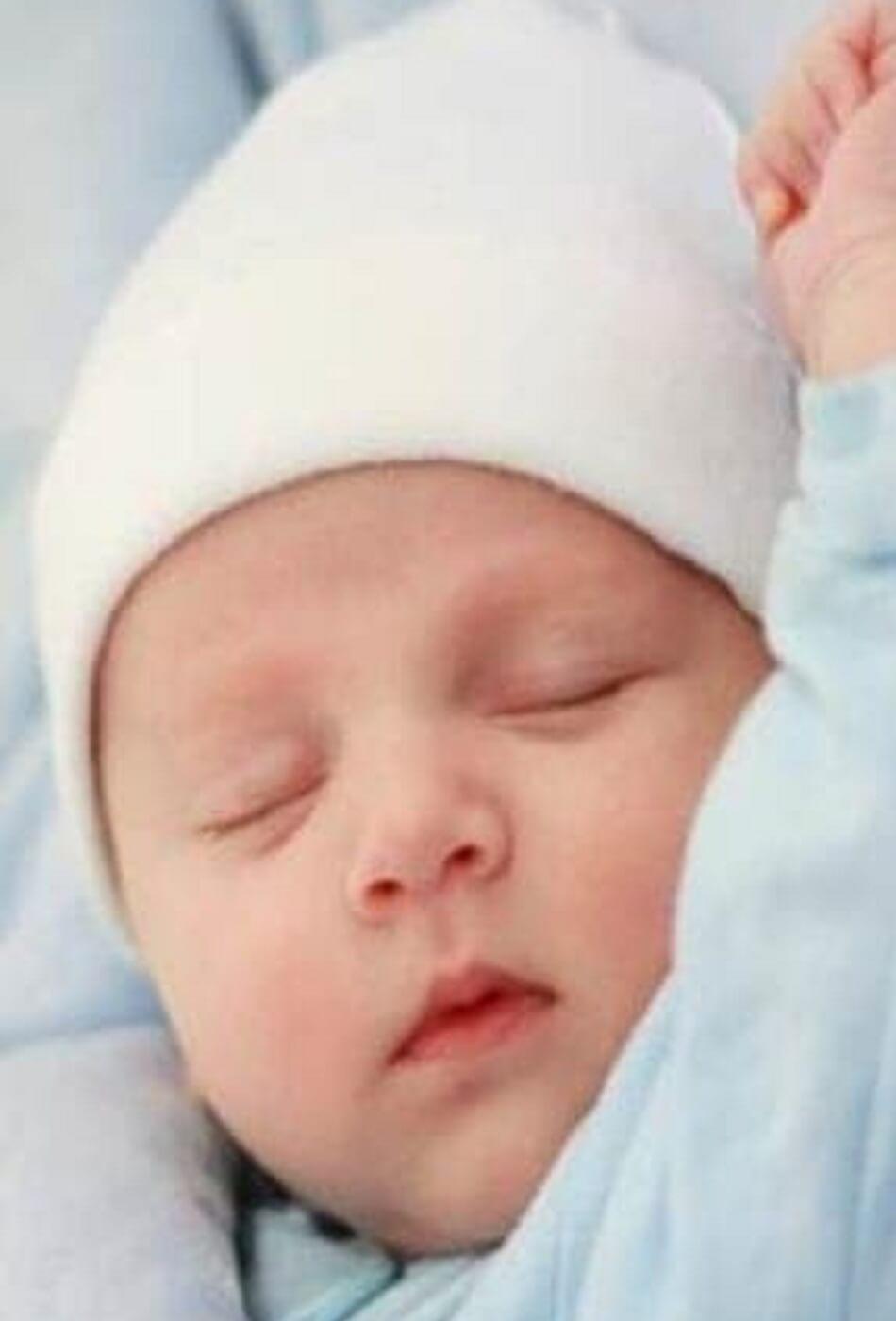 الأذان في أذن المولود عند المالكية